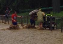 Катастрофическое наводнение в Сочи и Адлере вызвало масштабные разрушения