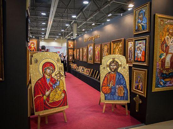 В Ростове проходит выставка-ярмарка «Православная Русь»