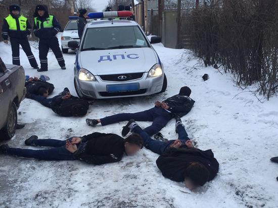 В Ростове полицейские открыли огонь во время задержания воров