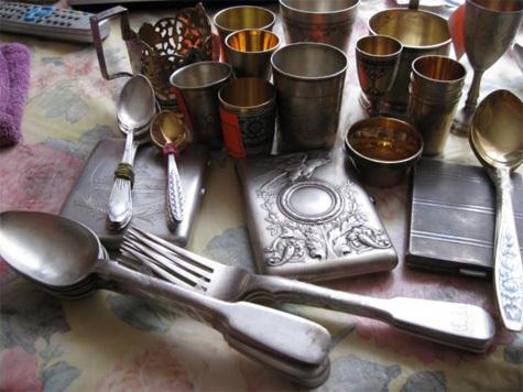 Куплю серебро, посуду. монеты, золото,серебро.