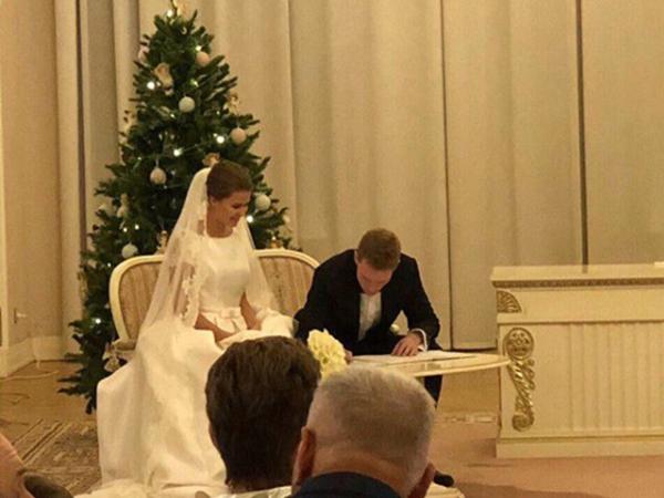 Полузащитник «Ростова» Павел Могилевец женился в северной столице