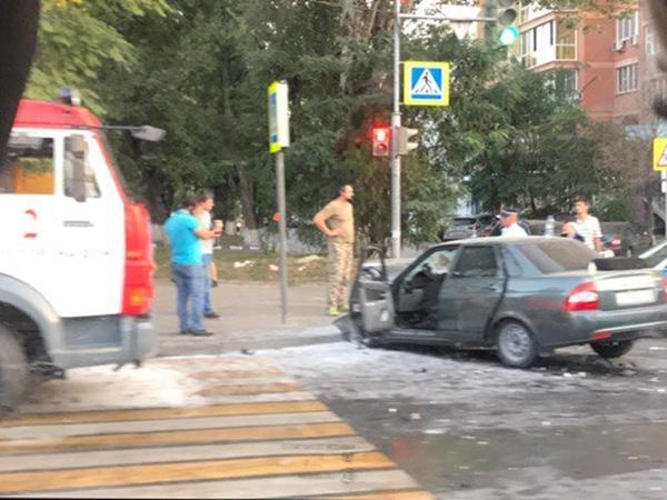 В итоге ДТП сучастием 2-х авто вРостове пострадали 5 человек