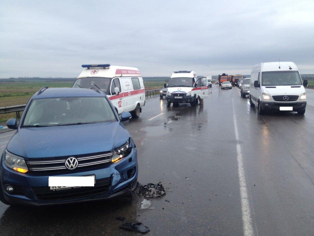 Шесть авто столкнулись вРостовской области, есть пострадавшие